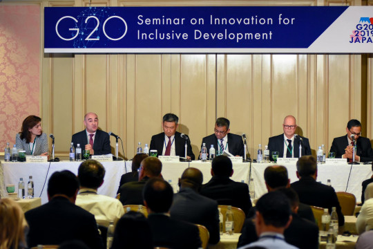 INDONESIA ECONOMIC DIPLOMATION: INDONESIA PARTICIPATION IN THE G20 FORUM AND RESULTS OF THE 2017 G20 Summit